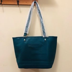 thirty-one Bags - NWOT City Chic Tote Peacock Pebble by Thirty-One